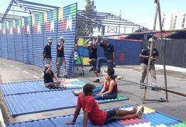 PARQUE DO POVO: Comerciantes e moradores do entorno do local protestam contra instalação de muro