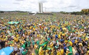492729 970x600 1 300x186 - Congresso rebelde e governo sob pressão pode levar país de volta às ruas – por Felipe Nunes