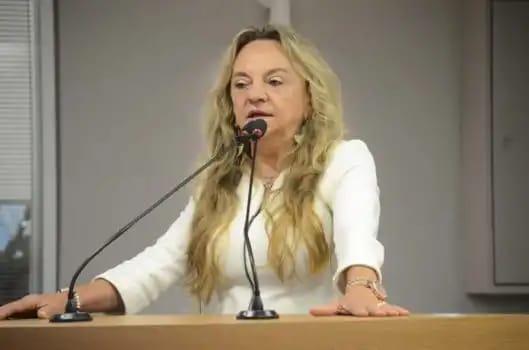 81c560e7 6804 44a6 8e50 d856f60587f9 - Deputada Dra. Paula sofre acidente dentro do plenário do TRT em João Pessoa