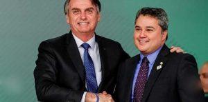 Bolsonaro efraim 300x148 - 'UM PASSO À FRENTE': parlamentares paraibanos fazem avaliação positiva de encontro com Bolsonaro