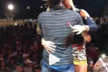 Cantor teria caído em pegadinha com beijo polêmico em vaquejada de Cajazeiras – VEJA VÍDEO