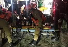 Torcedor do Belo atingido por rojão permanece internado em estado grave