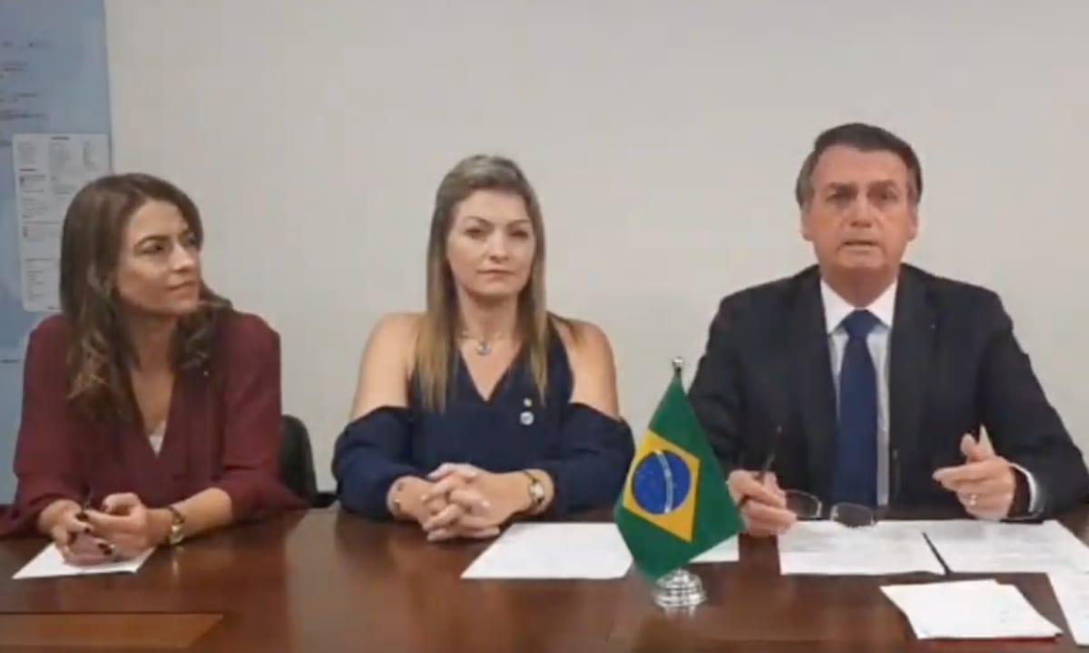 LiveBolsonaro - Em live de Bolsonaro, mulheres do PSL falam por 5 minutos e são interrompidas 7 vezes