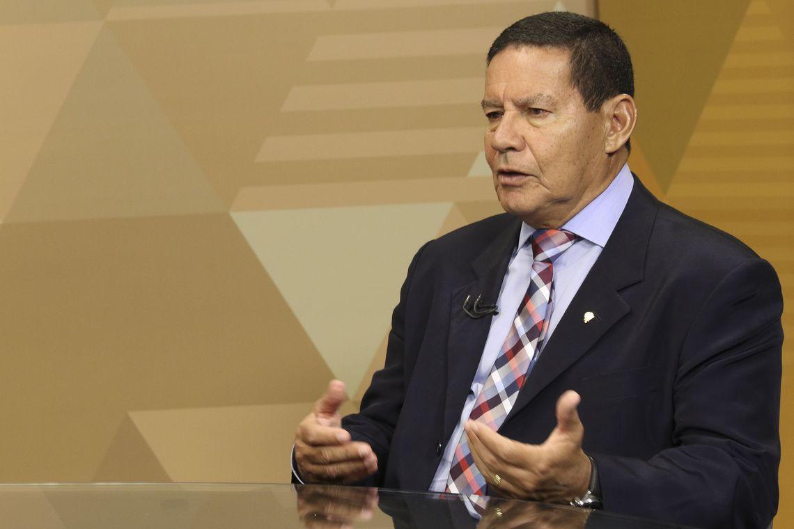 mourão - DEFENDENDO O GOVERNO: Mourão diz que aprovação de reforma da Previdência vai desbloquear orçamento