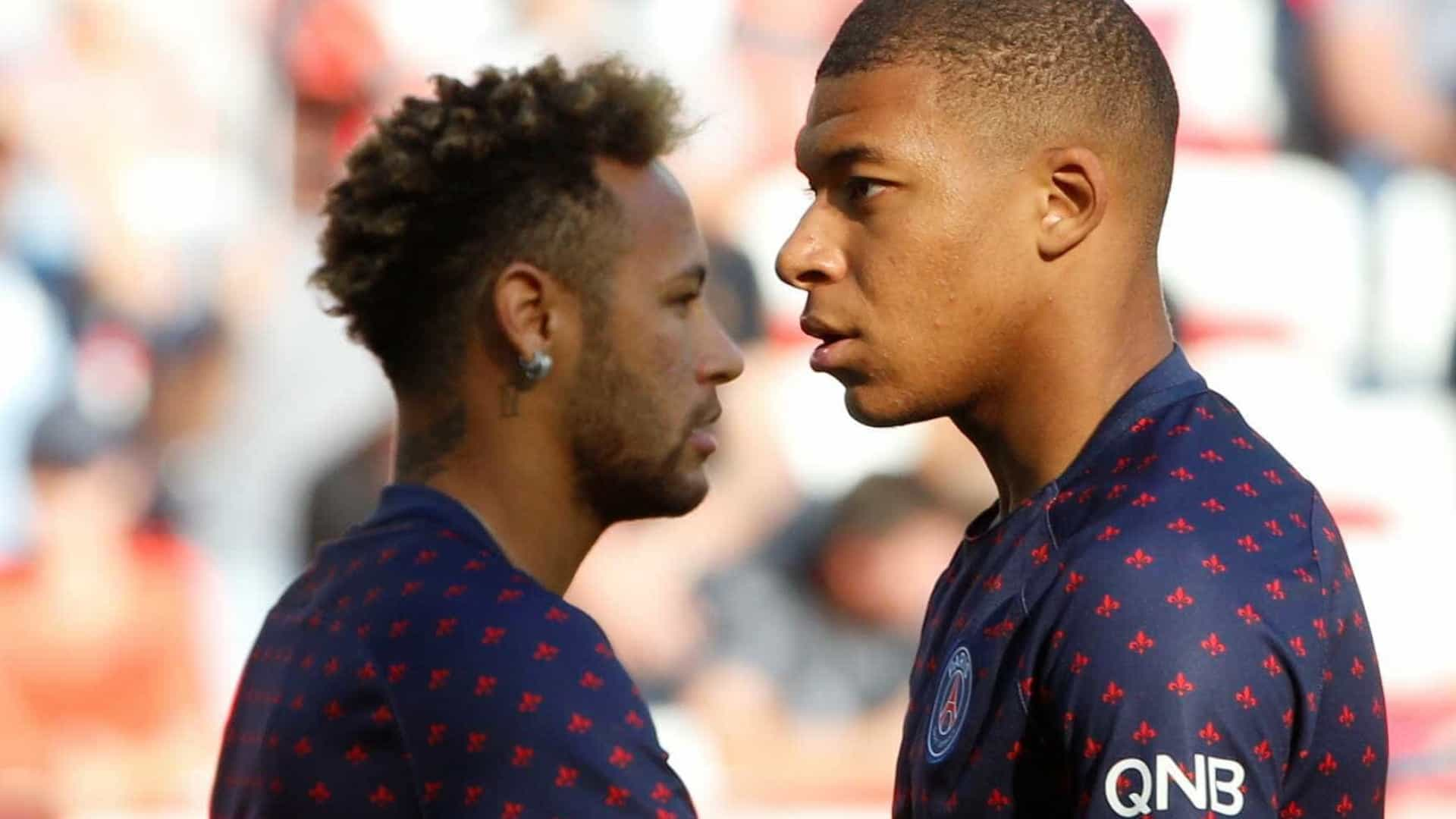 Técnico do PSG admite chance de saída de Neymar e Mbappé