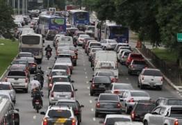 Campanha tenta conscientizar motoristas sobre cuidados no trânsito