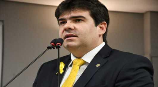t 2 300x165 - Projeto do deputado Eduardo Carneiro garante isenção de taxas de concursos para mães de crianças com microcefalia