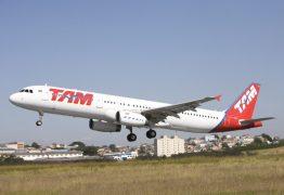 Companhia aérea deve indenizar cliente em R$ 10 mil por atraso em voo