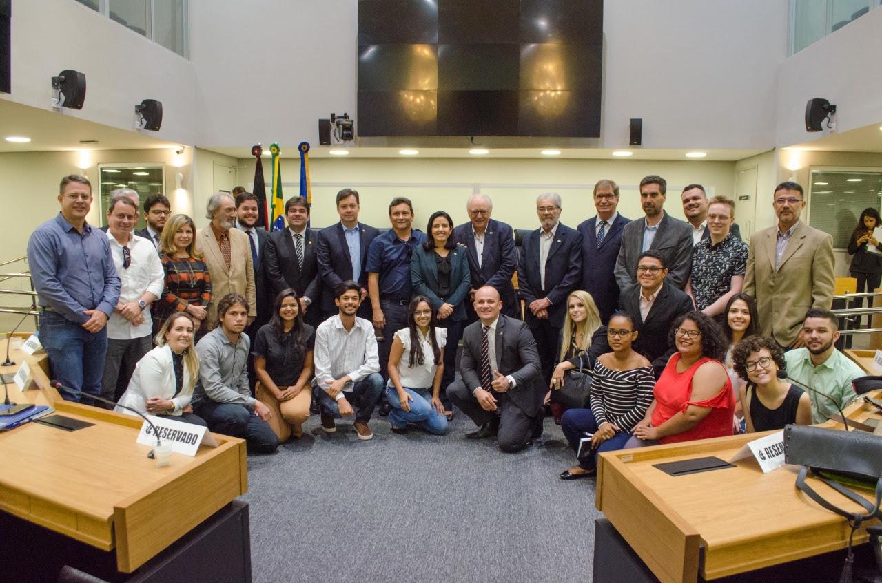 unnamed 2 1 - Eduardo Carneiro propõe criação de Comissão de Relações Internacionais na Assembleia Legislativa da Paraíba