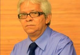 'ESTOU MUITO BEM': médicos concluem procedimento cirúrgico no jornalista Wellington Farias
