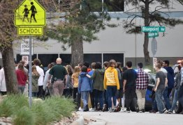 EUA: Ataque a tiros em escola do Colorado deixa oito feridos e um morto