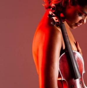 xlucy 2.jpg.pagespeed.ic .9bkIFv v7V 297x300 - MUDANÇA RADICAL: Lucy Alves fala da fase pop, sem abandonar as raízes: 'Quero sensualizar mesmo'