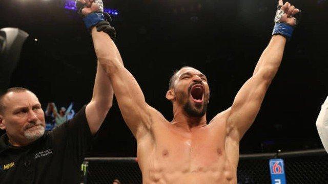 Estreante brasileiro fatura 50 mil dólares após desempenho impecável no UFC Rochester