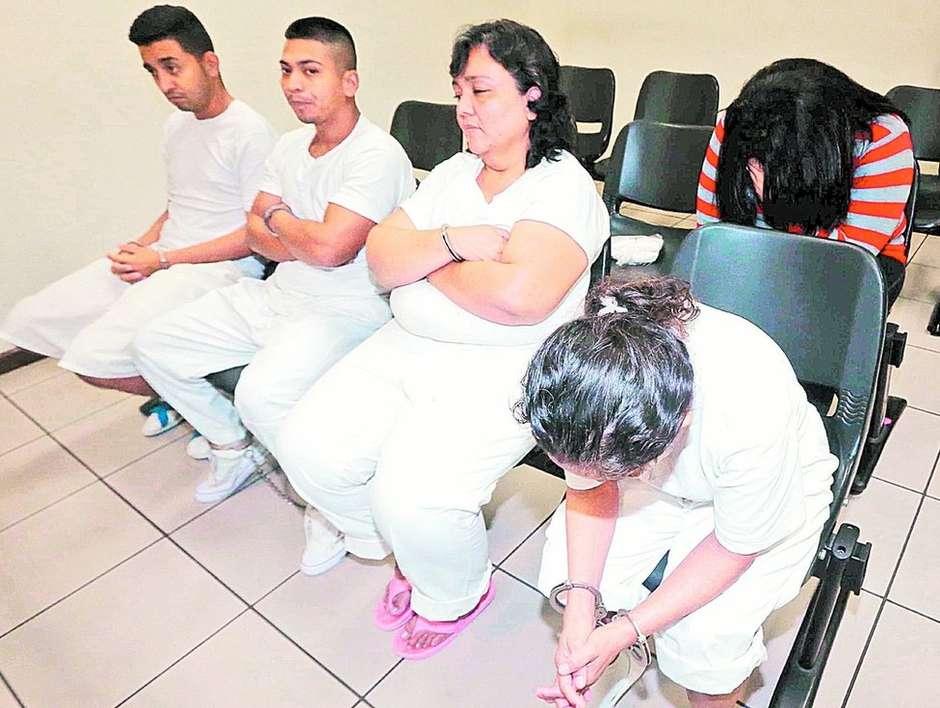 1072785279cc8811b 2d4a 4a82 9911 ae406cc07821 - PROMESSA DE AMOR POR SEGURO DE VIDA: Quadrilha forçava mulheres a se casarem com desconhecidos para matá-los