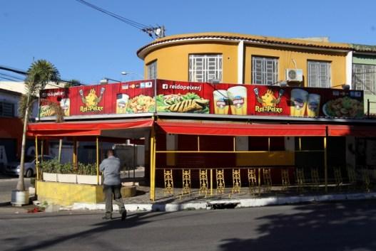 1 dt1g5169 11819991 300x201 - Chacina deixa quatro mortos e 13 feridos em bar no Rio de Janeiro