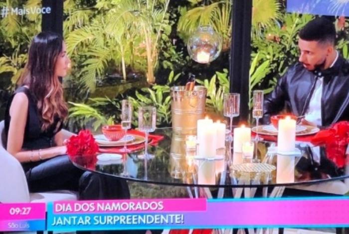 1 jantar 11530263 - ESPECIAL DIA DOS NAMORADOS: jantar romântico promovido pelo 'Mais Você' dá errado e vira piada na web