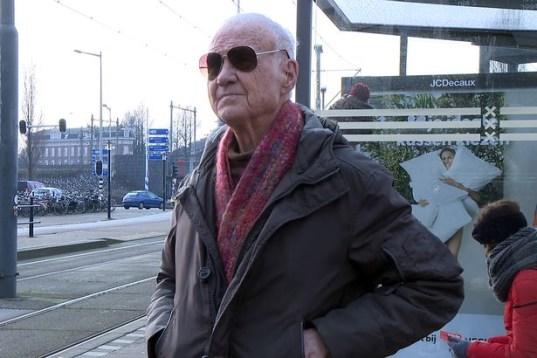 20190622norm self pornstar ator porno retired priest padre aposentado 85 anos 1 300x200 - Padre de 85 anos vira ator pornô após se aposenar