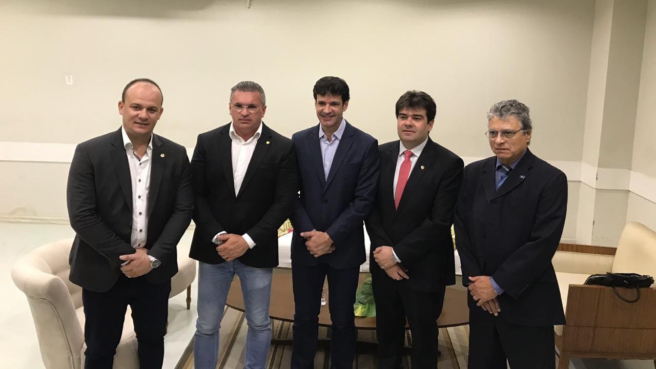 35c37ea8 80e8 486e b08f c62f8b12c504 - Eduardo acompanha visita do ministro do Turismo e pede apoio para novos voos e divulgação do destino Paraíba