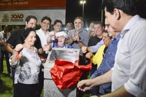 514c022c e2fe 48b9 b8b9 26f1cf9307ec 300x200 - Luciano Cartaxo inaugura primeira praça 100% inclusiva da Paraíba e pessoas com necessidades especiais ganham espaço inteiramente dedicado a elas