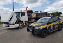 FISCALIZAÇÃO: PRF flagra caminhão transportando 12 toneladas de excesso de peso