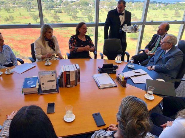 Edna Henrique participa de audiência com ministro do TSE e debate cassação de coligação com 'laranjas'
