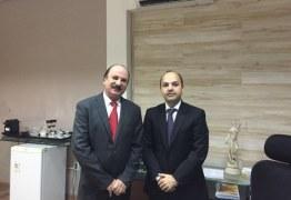 Durval Ferreira faz visita de cortesia a procurador do Estado, Fábio Andrade
