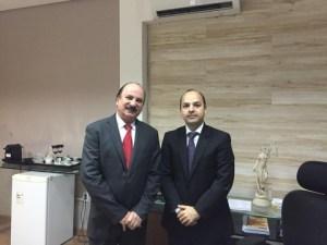 64770929 848821922184748 2409534635114496000 n 300x225 - Durval Ferreira faz visita de cortesia a procurador do Estado, Fábio Andrade