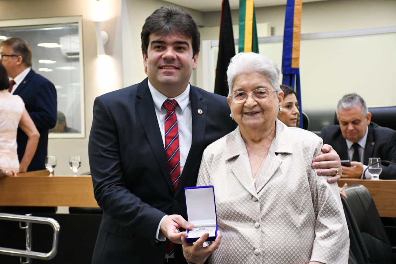 6524358f a953 4fe7 9761 6c9ae42ef574 - Emoção marca homenagem aos 70 anos da Taquigrafia da Assembleia Legislativa da Paraíba