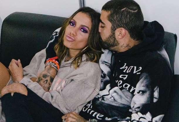 AADe7dg - 'Namore alguém que seja seu fã igual meu príncipe é meu', diz Anitta sobre Pedro Scooby