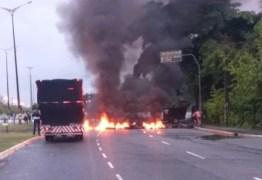 GREVE GERAL: Manifestantes bloqueiam pontos em João Pessoa na manhã desta sexta-feira
