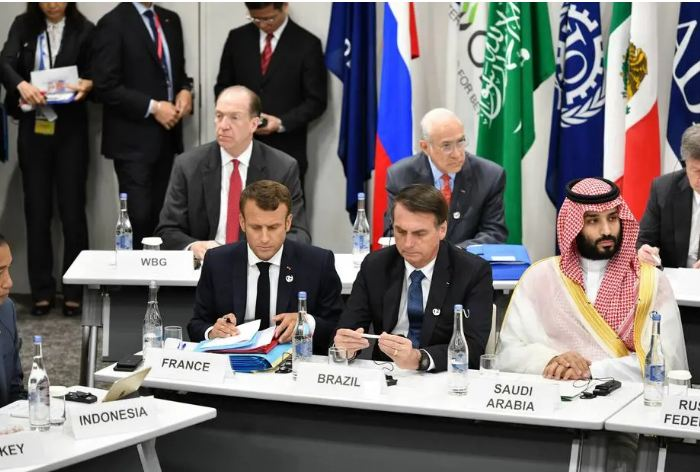Capturar5 4 - Bolsonaro conversa com Macron e o convida para visitar a Amazônia