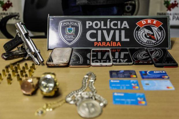 PRESOS - Polícia desarticula quadrilha suspeita de tráfico de drogas e clonagem de cartão durante orgia em motel