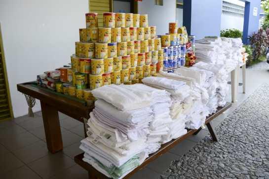 WhatsApp Image 2019 06 05 at 17.53.25 300x200 - Casa da Criança com Câncer recebe donativos arrecadados durante Chá Solidário