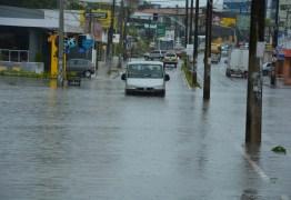 Chuva em João Pessoa passa dos 368 milímetros e leva Defesa Civil a emitir novo alerta de 'risco alto'