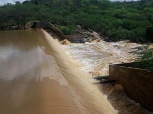 acude sao jose2 300x225 - DADOS DA AESA: Seis açudes da Paraíba sangram após chuvas no mês de junho