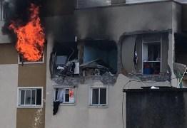 Morre menino que foi arremessado de 6º andar de prédio que pegou fogo