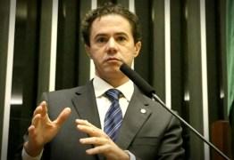 Veneziano sugere que demissão de Paulo Henrique Amorim foi ocasionada por pressão do Planalto