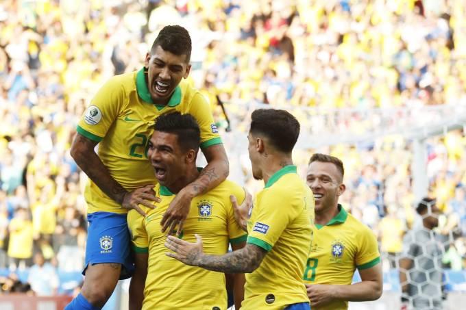 esporte copa america brasil peru 16 - Brasil goleia Peru por cinco a zero e fica como primeiro do grupo na Copa América