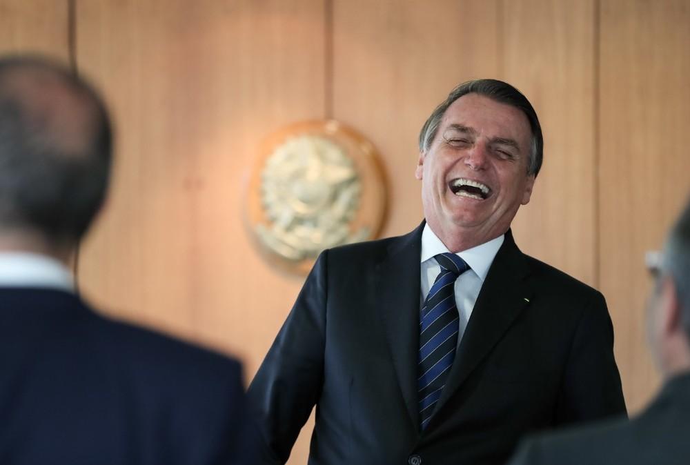 jair bolsonaro - 'CACHACEIRO': Ao responder Lula, Bolsonaro afirma que teria vazado cachaça caso ex-presidente tivesse sido esfaqueado