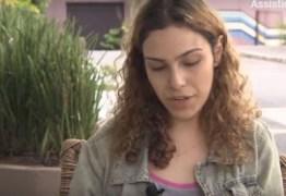 Namorada do ator de Chiquititas dá entrevista e narra segundos finais após tiros: 'Eu o pedi para ficar comigo' – VEJA VÍDEO