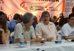 Juntos em plenária do ODE em João Pessoa, João Azevêdo e Ricardo Coutinho enterram especulações sobre rompimento