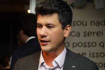 photo 2019 06 17 18 39 03 868x644 - Novo presidente do BNDES já foi condenado por arrombar portões de condomínio
