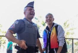 'Bichona' e 'vou te caçar': após pedido de noivado, PM gay é alvo de ameaças