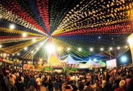 Festejos juninos no Centro de Conde tem shows de Luizinho Calixto e Amazan