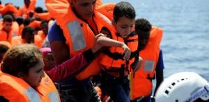 resgate mediterraneo 860x420 300x147 - SOCORRO: Onze pessoas são resgatadas de barco que apresentava risco de naufrágio na Paraíba