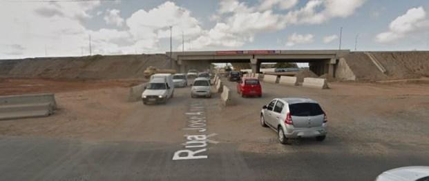 003256 300x127 - MUDANÇA NO TRÁFEGO: Rua Motorista Aldovandro Amâncio passa a funcionar em sentido duplo; confira a mudança