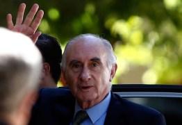 Fernando de la Rúa, ex-presidente argentino, morre