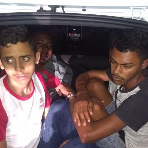 987cb2bd 74d7 40f3 8d7a 13d4d3b8aab7 300x300 - Grupo é detido após fazer motorista de aplicativo refém e trocar tiros com a polícia em João Pessoa