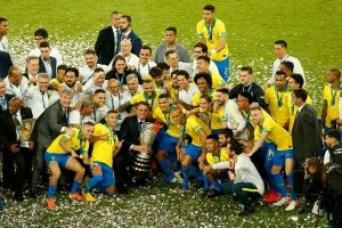 Bolsonaro no Maracanã 2 300x200 - AMOR E ÓDIO: Bolsonaro é vaiado e aplaudido na festa do Brasil na Copa América; VEJA VÍDEO