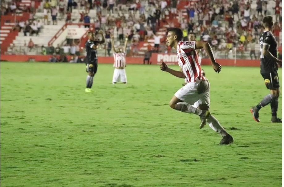 Capturar 14 - Náutico vence Botafogo-PB e sobe no Grupo A da Série C